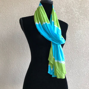 Old Navy Blue Green White Tie Dye Look Rayon Scarf